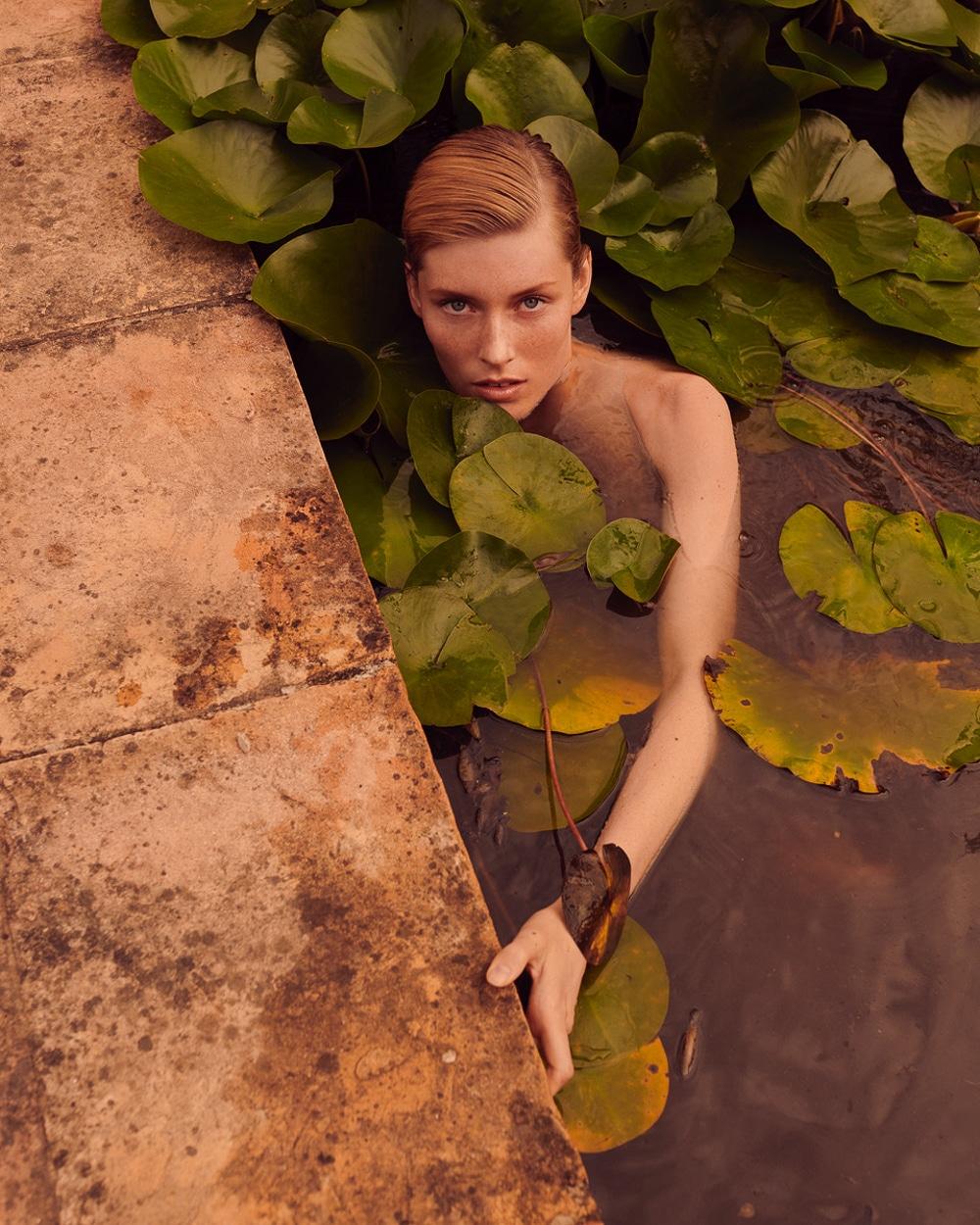 Caroline Lossberg by Andreas Ortner for Vogue Portugal (5).jpg