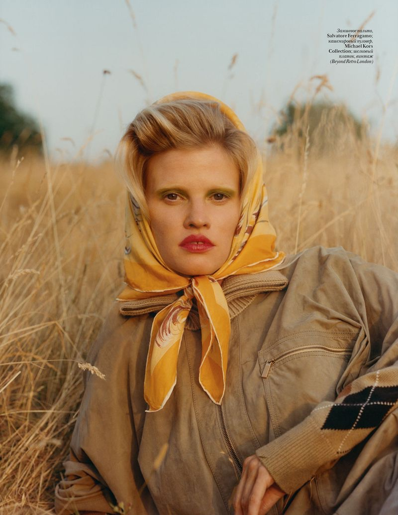 Lara Stone by Quentin de Briey for Vogue Ukraine  (8).jpg
