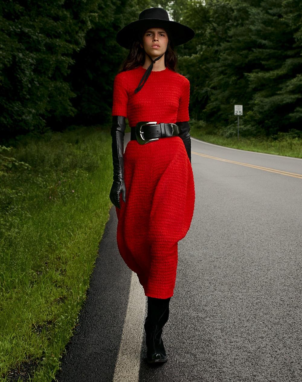 Louis-Christopher-Vogue-Arabia-September-Hayett-McCarthy-5.jpg