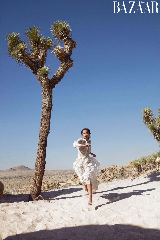 Harpers-Bazaar-Zoe-Kravitz-Camilla-Akrans-9.jpg
