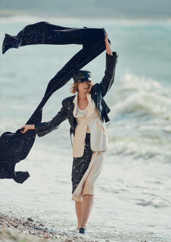 Cato Van Ee by Gilles Bensimon for Elle UK October 2018 (7).jpg