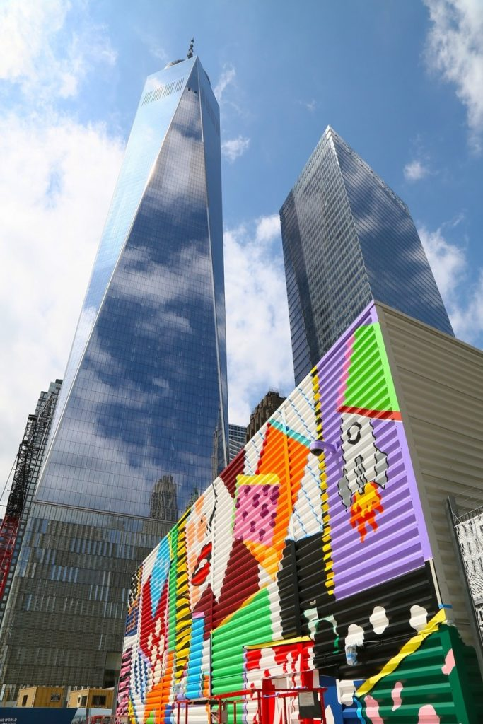 Artist Todd Gray's Pop Art–inspired mural at the World Trade Center site. Photo courtesy of Silverstein Properties.