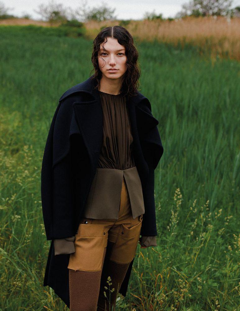 McKenna Hellam for Vogue Arabia Oct 2018 (5).jpg