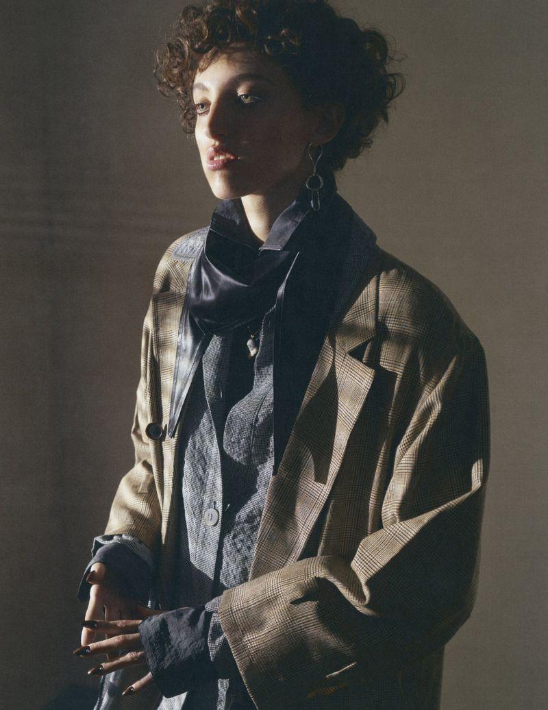 Emma Summerton Snaps 80s Suits for Vogue Germany Nov 2018 (6).jpg