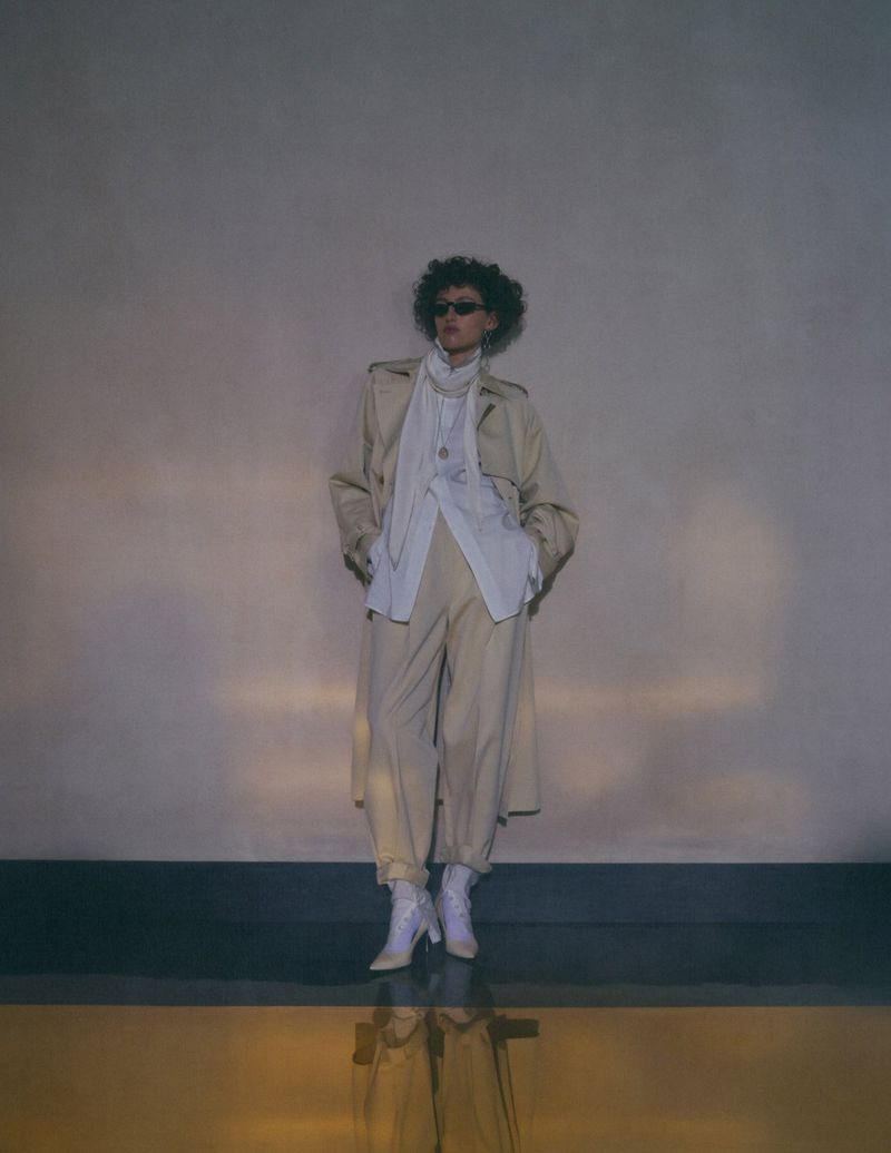 Emma Summerton Snaps 80s Suits for Vogue Germany Nov 2018 (4).jpg