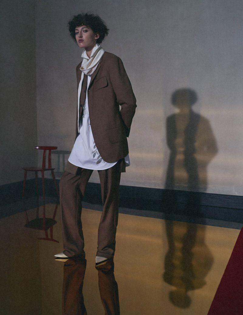 Emma Summerton Snaps 80s Suits for Vogue Germany Nov 2018 (5).jpg