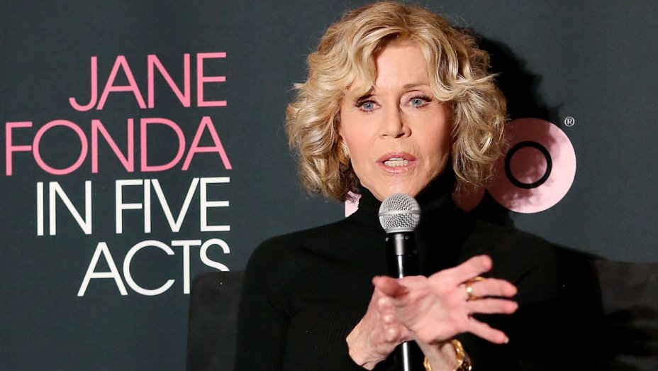 jane_fonda_at_jane_fonda_in_five_acts__-_publicity_-_h_2018.jpg
