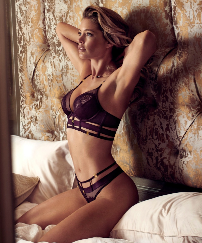 Doutzen Kroes in Hunkemöller for Doutzens-Stories Collection Fall 2018 (4).jpg