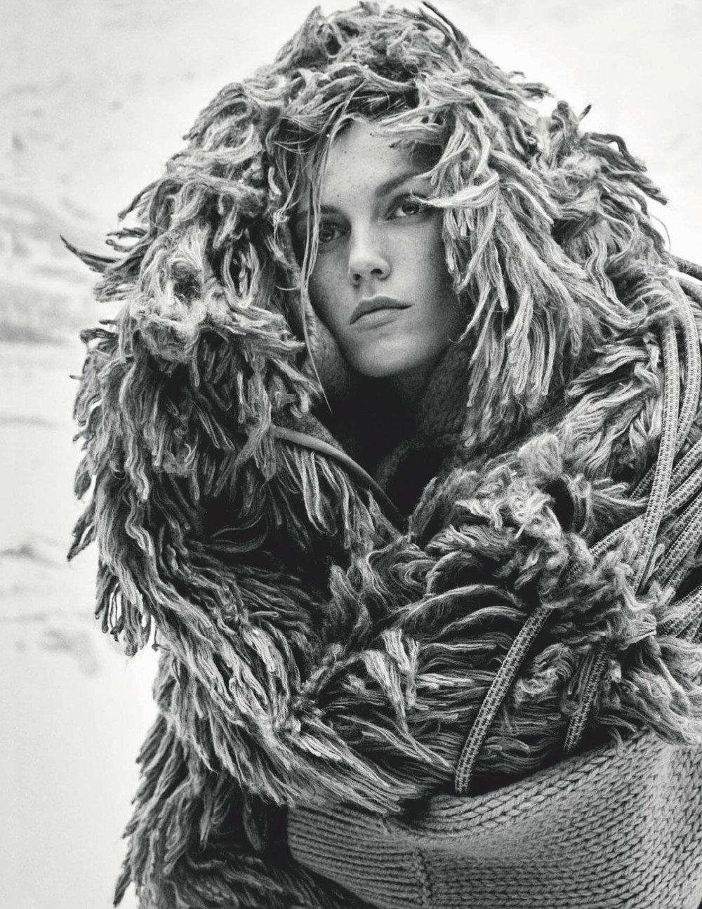 Anja Rubik by Giampaolo Sgura for Vogue Germany Dec 2018 (15).jpg