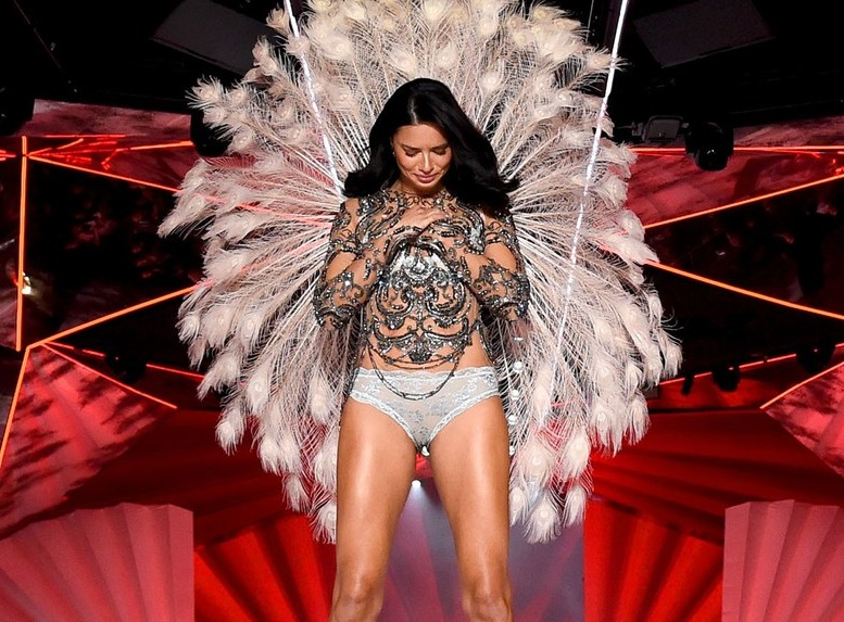 Adriana Lima  announced her retirement from Victoria's Secret after walking her 18th and last fashion show at Manhattan's Pier 94. Her  Instagram post  was a sweet goodbye.
