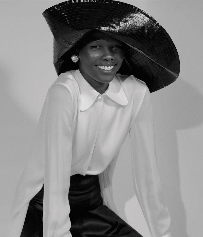 Shanelle Nyasiase by Nicole Maria Winkler for Vogue Germany Dec 2018 (1).jpg