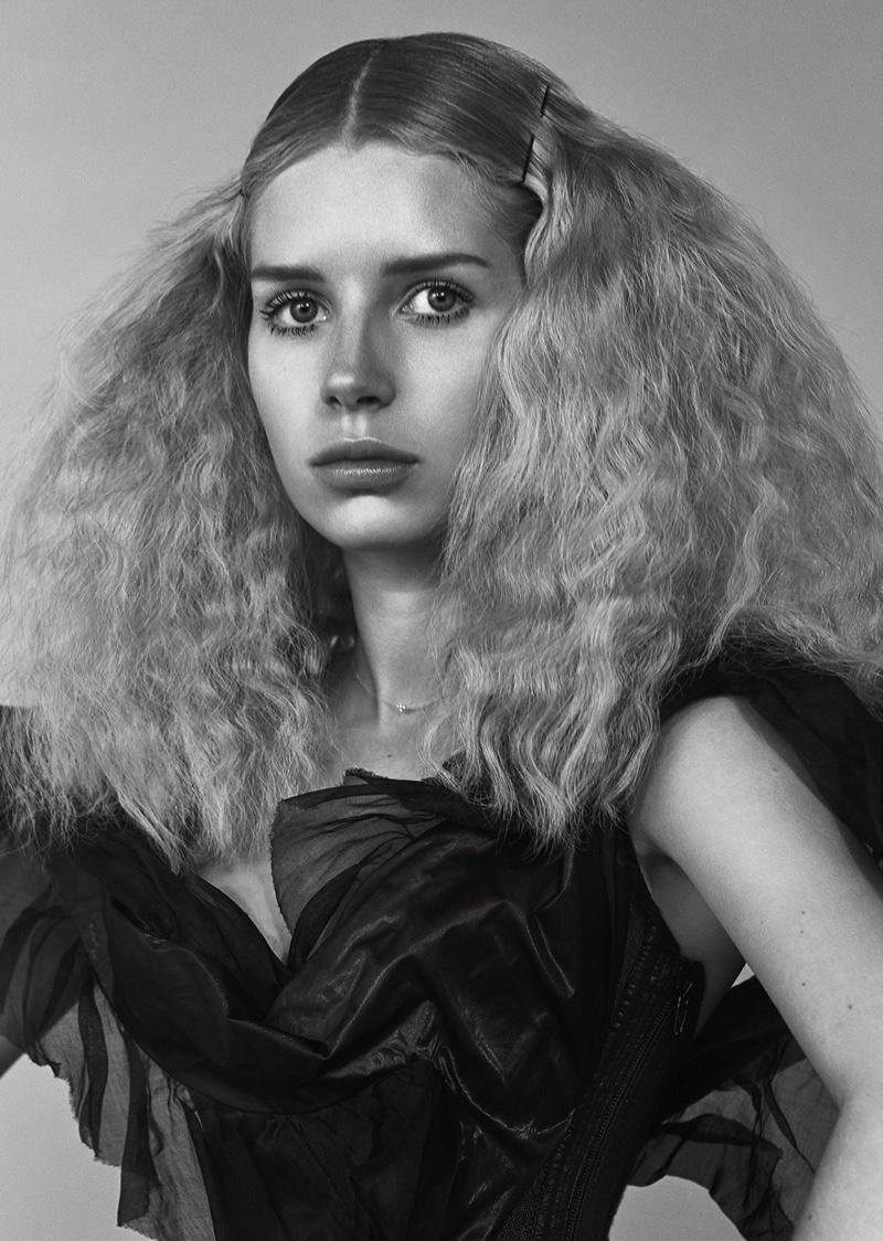 Lottie Moss by Jacques Burga for L'Officiel Netherlands (5).jpg