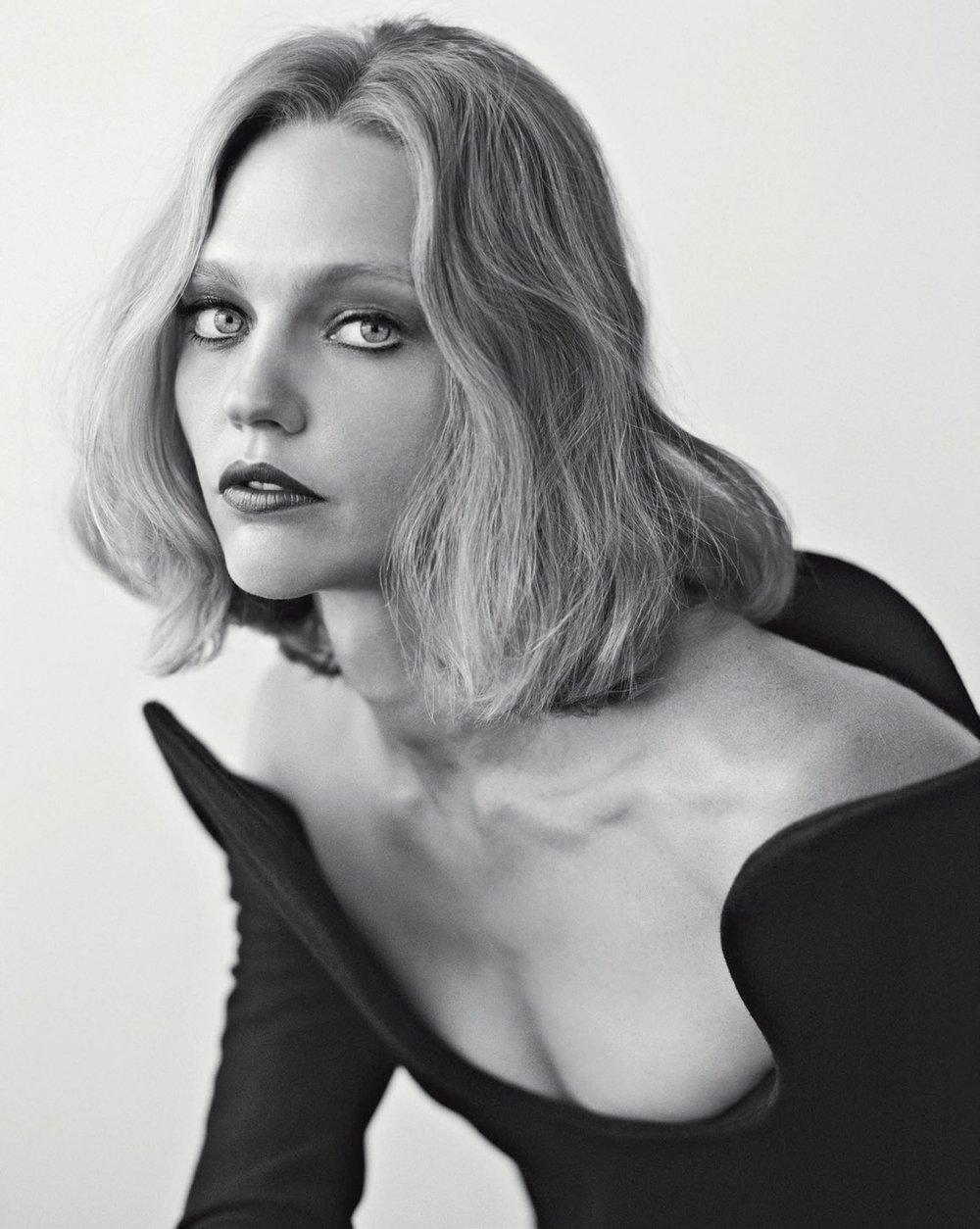 Vogue Italia November 2018 2.jpg