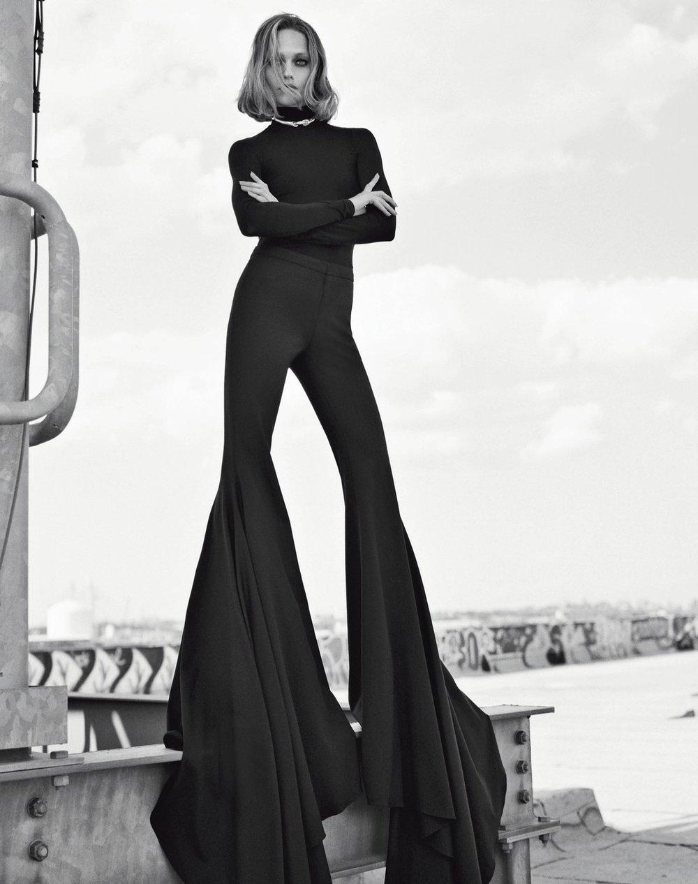 Vogue Italia November 2018 6.jpg