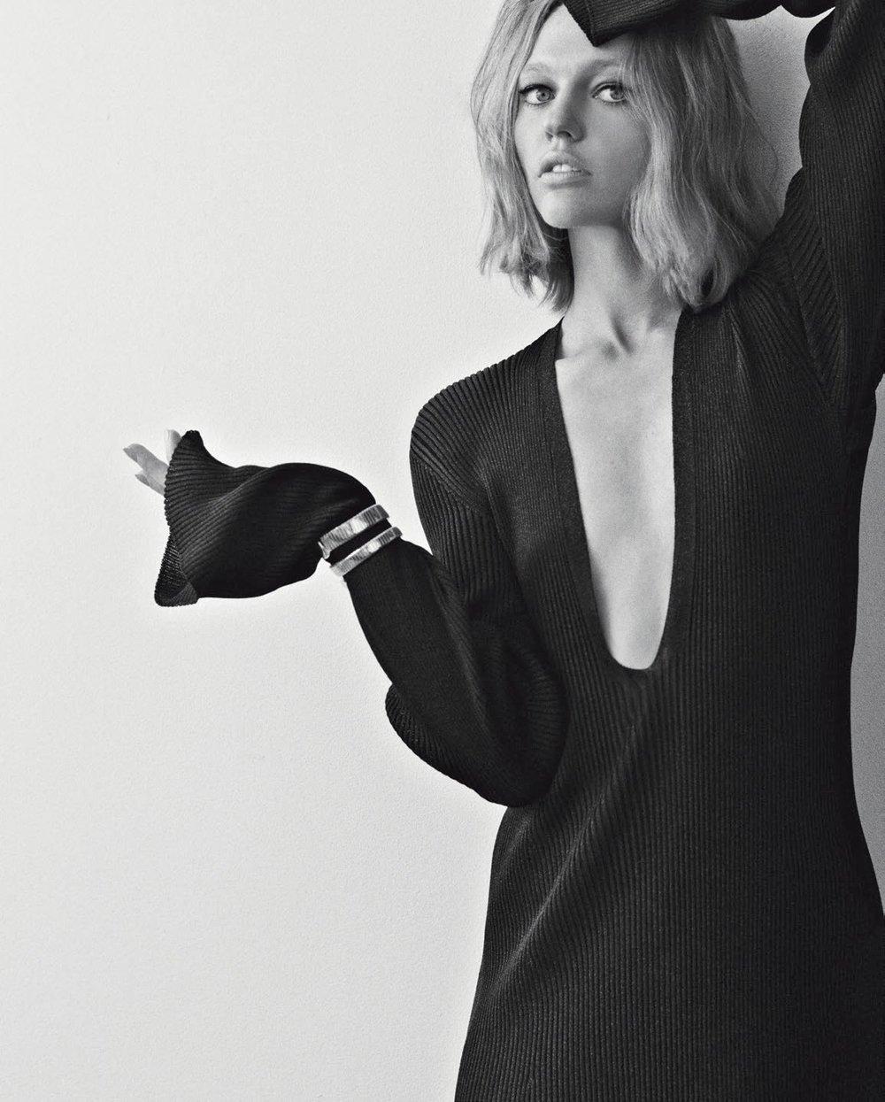 Vogue Italia November 2018 4.jpg