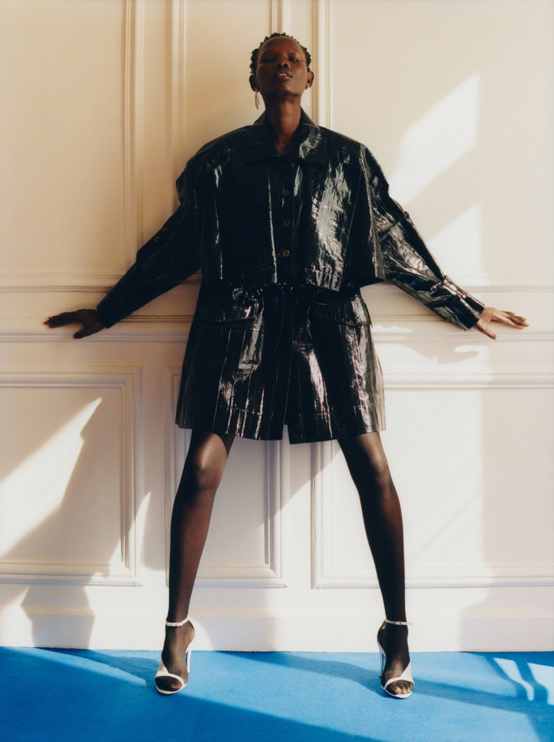 Shanelle Nyasiase by Lukasz Pukowiec for Vogue Russia December 2018 (9).jpg