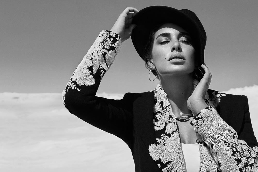 Greg-Swales-Harpers-Bazaar-Arabia-Yasmine-Sabri-2-1.jpg