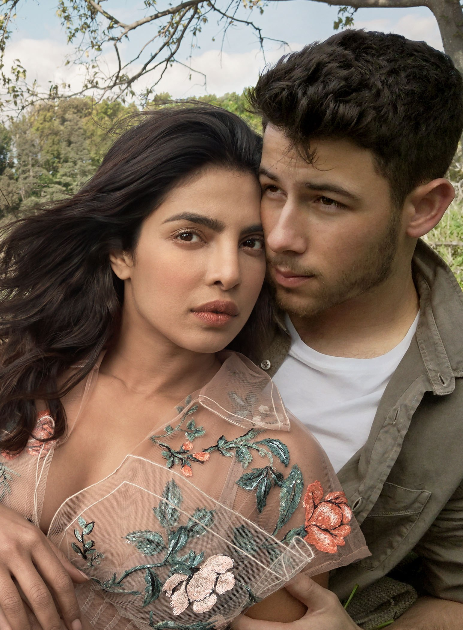 98fb3629a36e Priyanka Chopra Is First Indian Woman To Cover Vogue US January 2018 ...