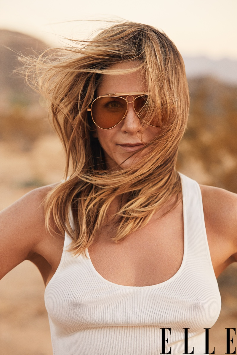 Jennifer-Aniston-ELLE-Magazine-Cover-Photoshoot06.jpg