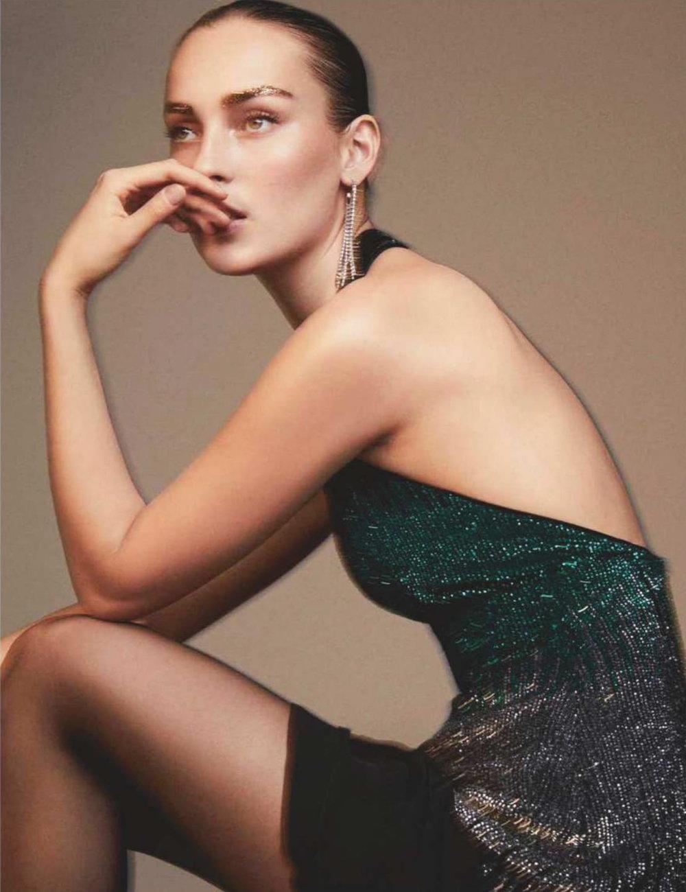 Julia Bergshoeff by Alvaro Beamud Cortes for Vogue Spain December 2018 (9).jpg