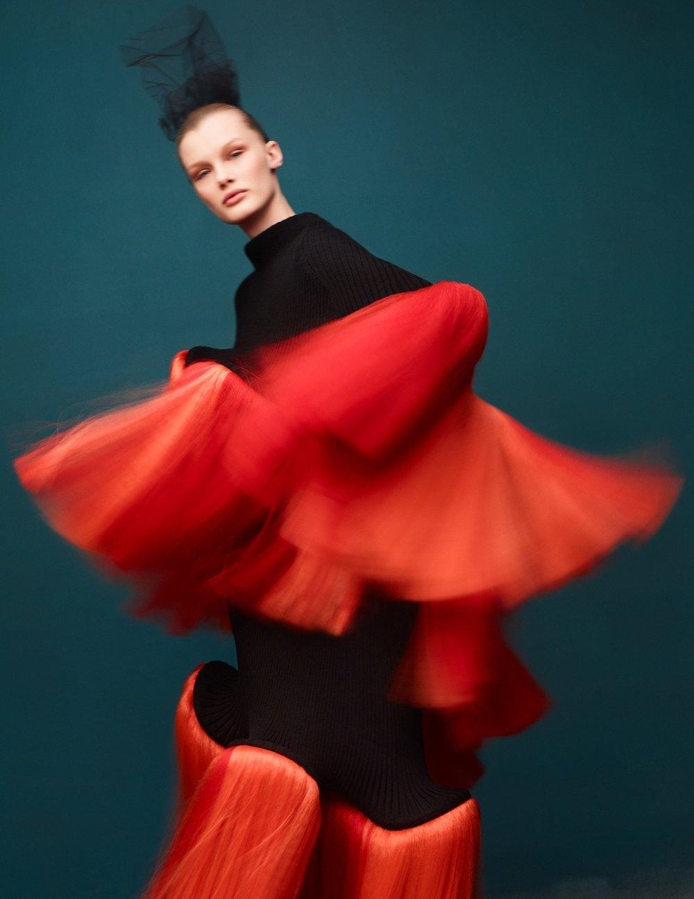 Kris Grikaite by Solve Sundsbo for Vogue China Jan 2019 (3).jpg