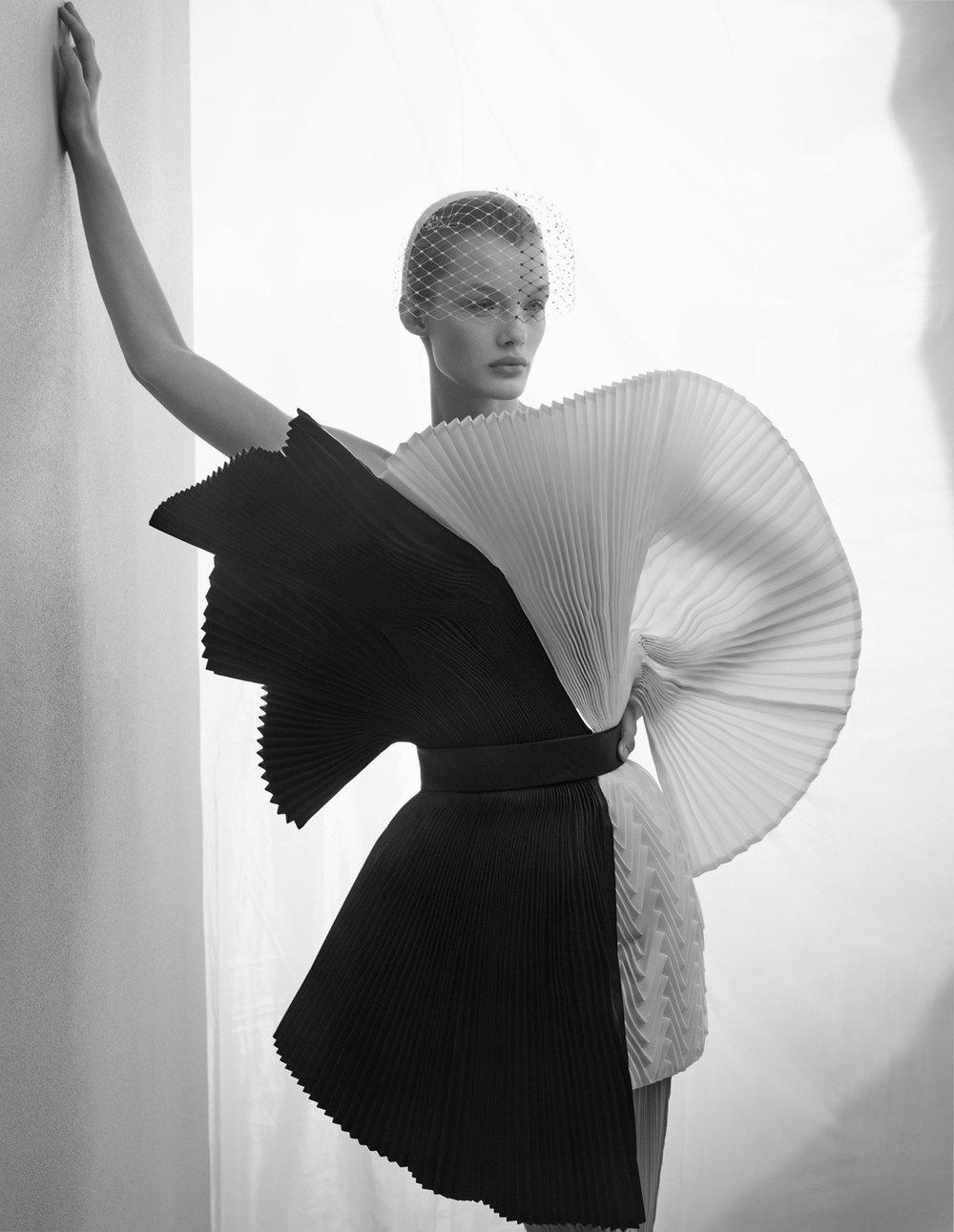 Kris Grikaite by Solve Sundsbo for Vogue China Jan 2019 (11).jpg