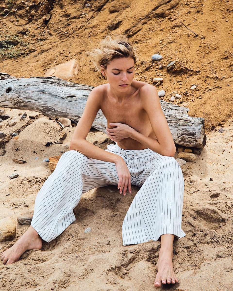 2019 Martha Hunt naked (32 photos), Tits, Sideboobs, Boobs, butt 2019