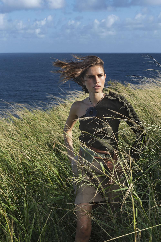 Cato Van Ee for Elle Italia Jan 2019 (6).jpg