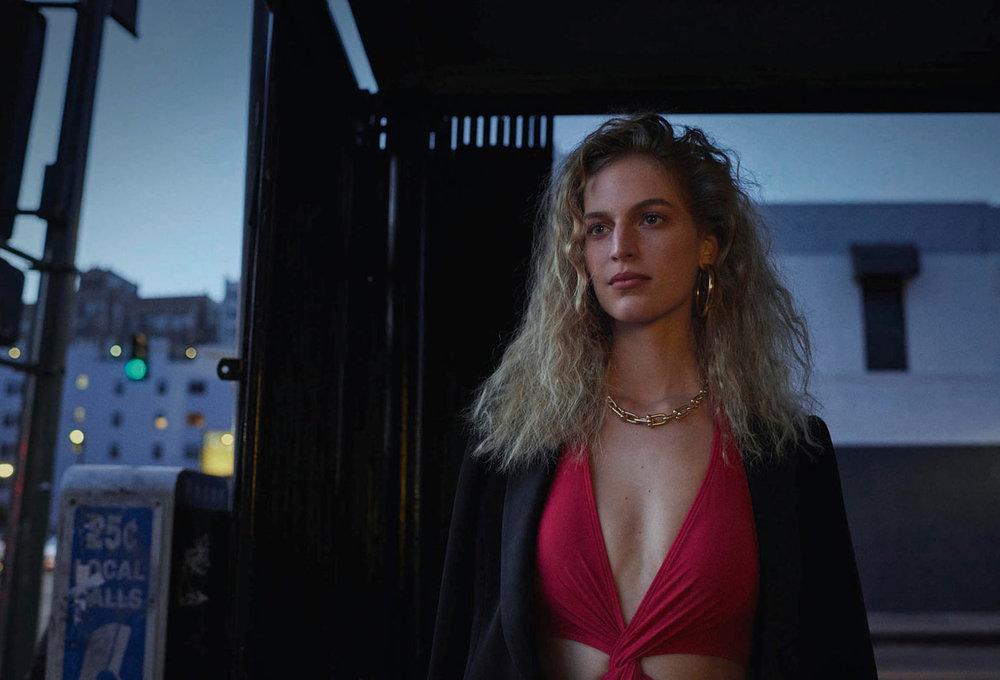 Vanessa Axente by Vincent Van De Wijngaard for Porter Magazine 31 Sp 2019 (5).jpg