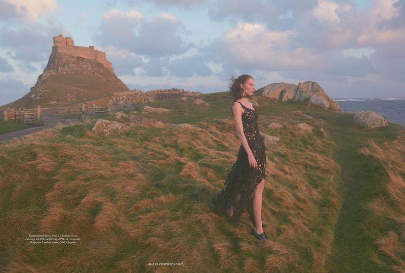 Annie Tice by Agata Pospieszynska for HBUK march 2019 (9).jpg
