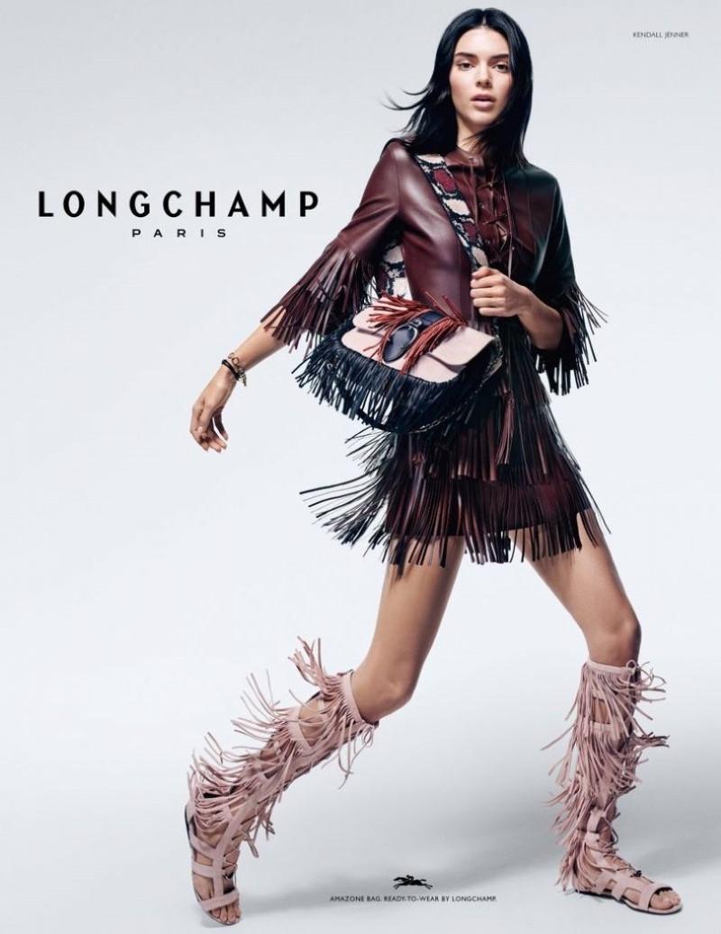 Kandall Jenner Longchamps Sp 2019 (3).jpg