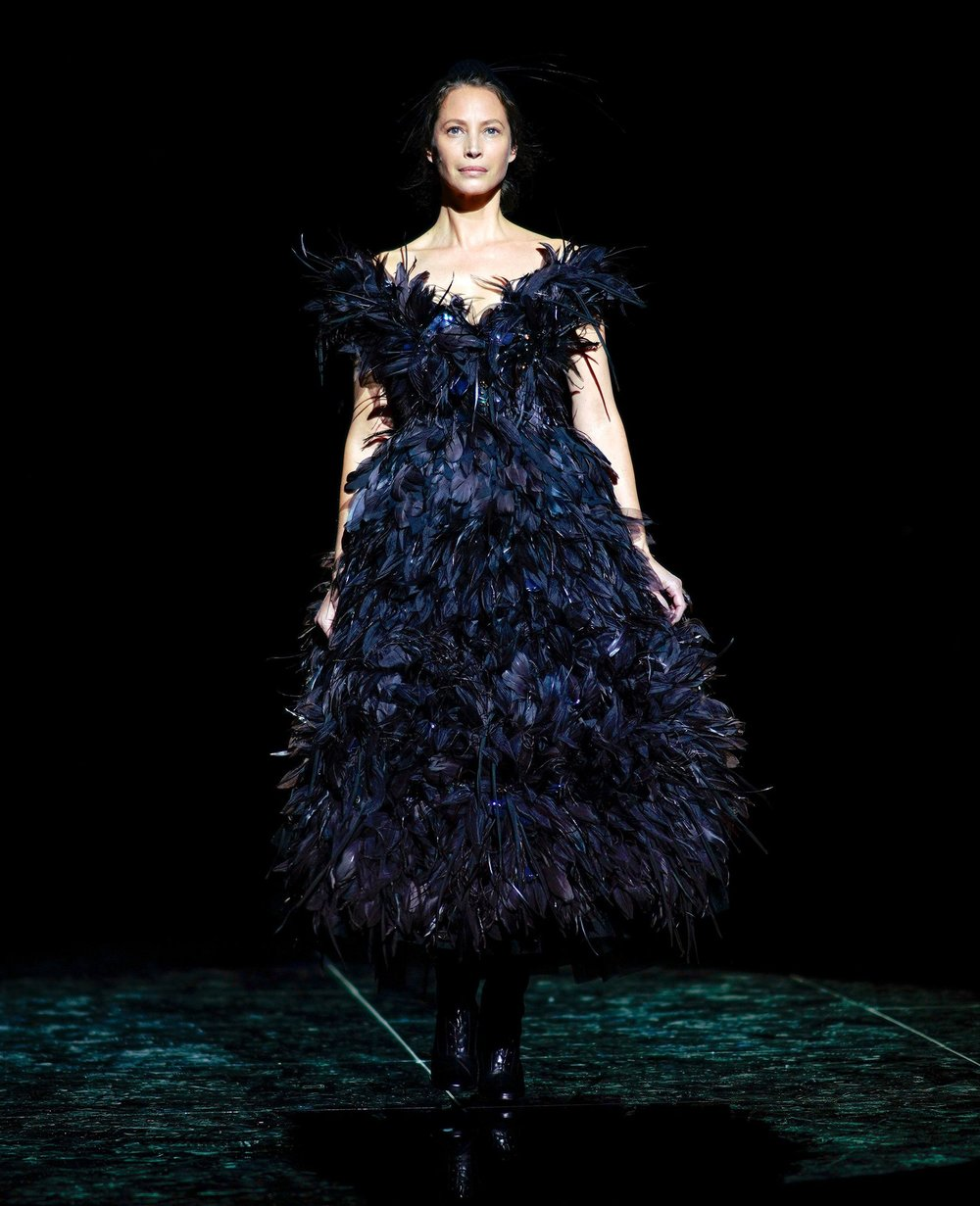 Christy Turlington Burns closes Marc Jacobs Fall 2019 runway show.
