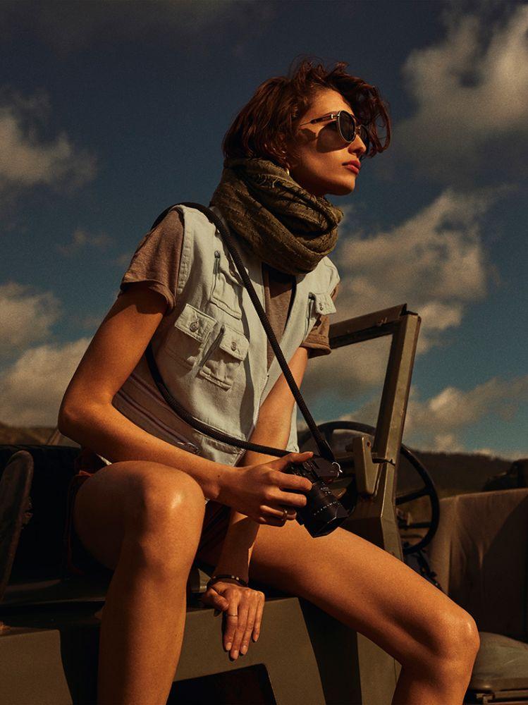 Alexandra-Agoston-Vogue-Netherlands-March-2019 (4).jpg