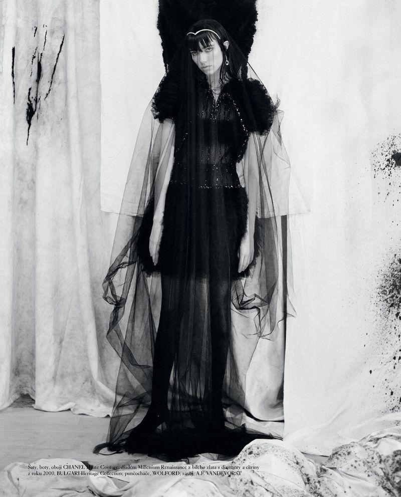 Grace-Hartzel-Dan-Belieu-Vogue-Czech- (4).jpg