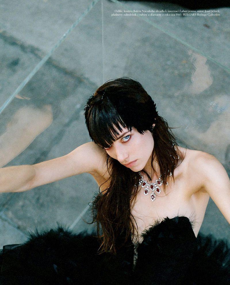 Grace-Hartzel-Dan-Belieu-Vogue-Czech- (16).jpg