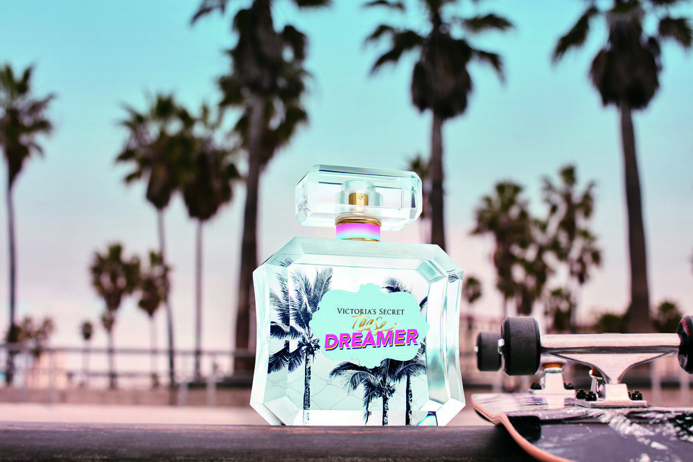 Taylor-Hill-Tease-Dreamer-Victoris-Secret-Fragrance (2).jpg