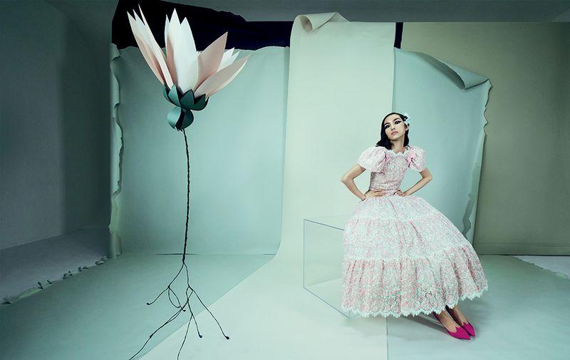 Fei-Fei-Sun-Emma- Summerton- Vogue-China-April-2019 (3).jpg