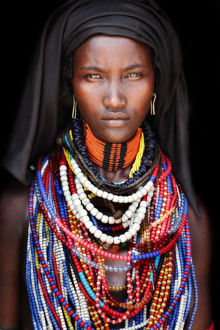 IMAGE BY MARIO GERTH: ARBORE TRIBE WOMAN IN SOUTHERN ERHIOPIA.