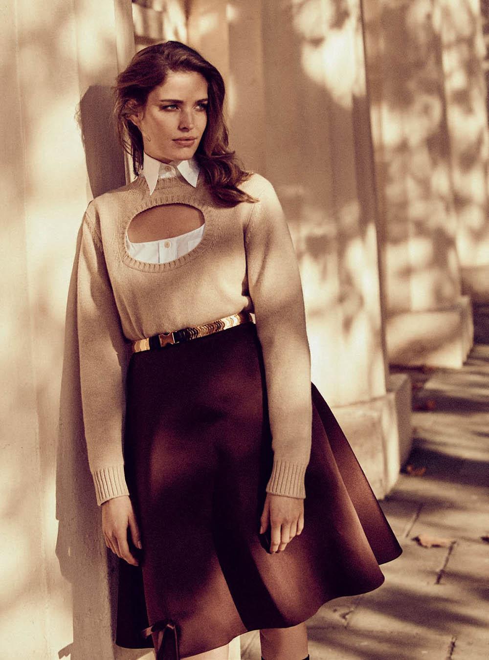 Alisa-Ahmann-by-Regan-Cameron-for-Harper's-Bazaar-UK-March-2019-11.jpg