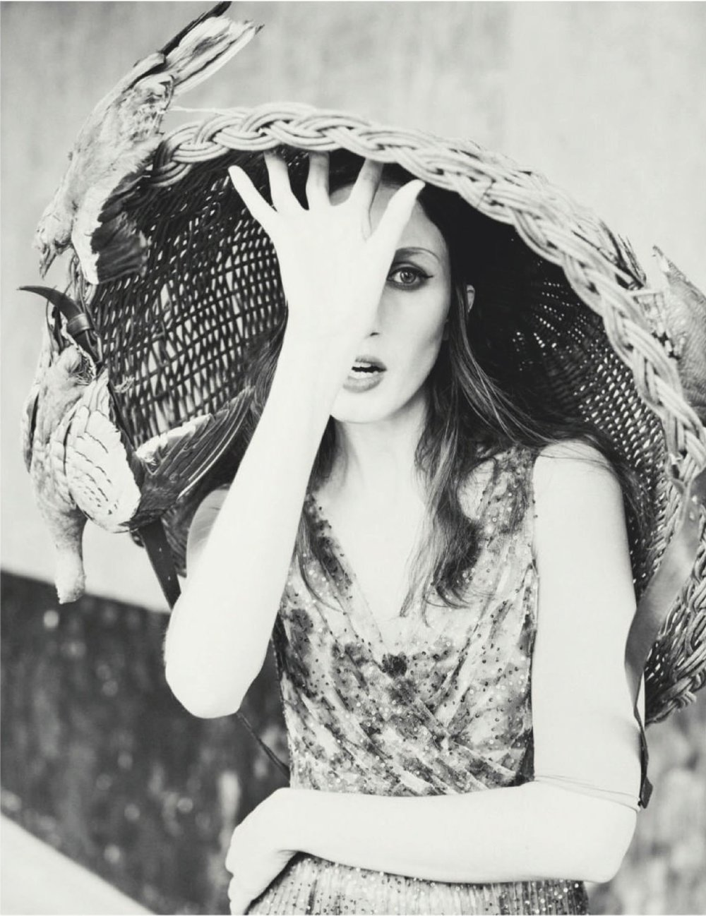 Anna-Cleveland-Guy-Aroch-Elle-Russia-April-2019 (3).jpg