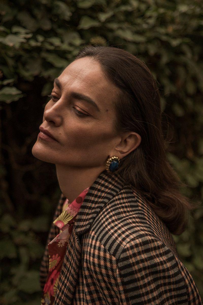 Laura-Ponte-by-Cesar-Segarra-for-Vogue-Spain March-2019 (4).jpg