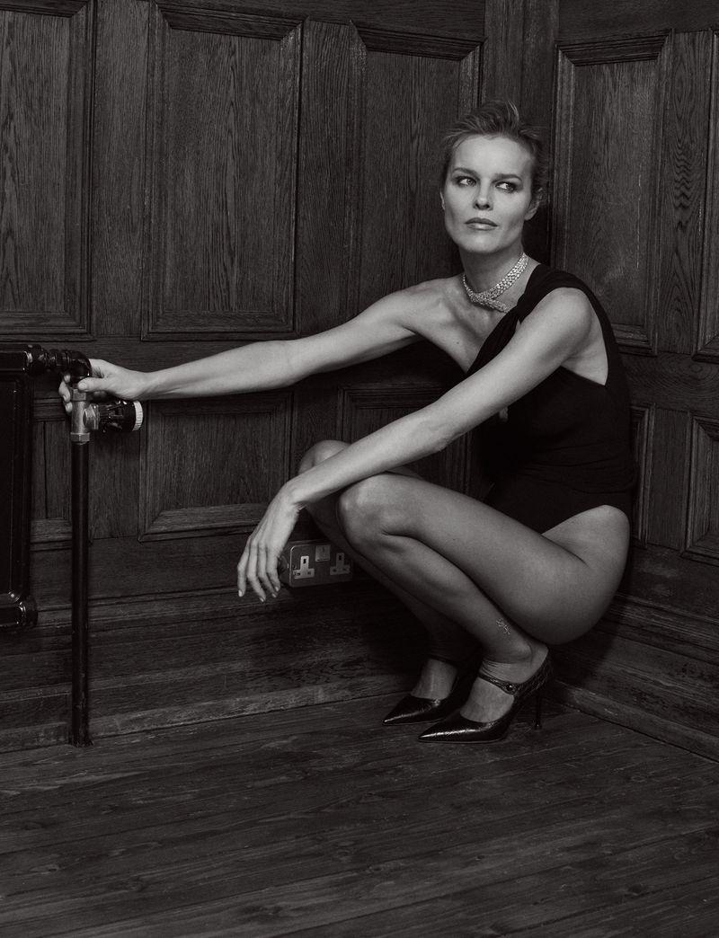 Eva-Herzigova-by-Philip-Gay-Harper's-Bazaar-Russia- (3).jpg
