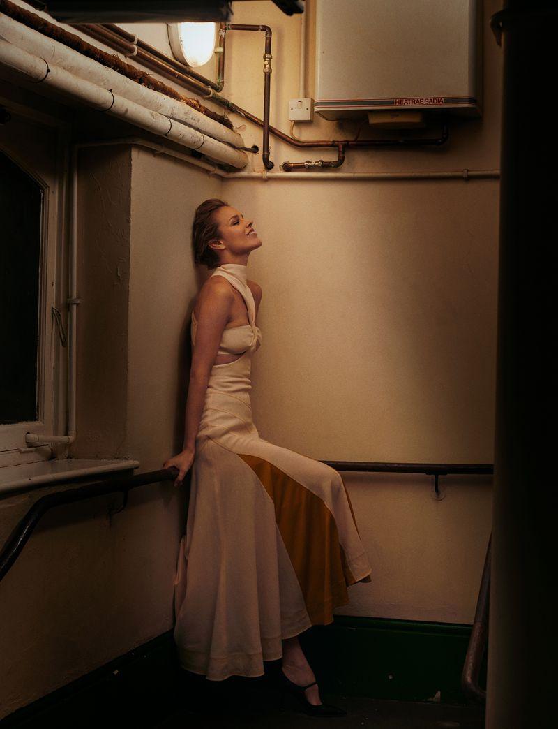 Eva-Herzigova-by-Philip-Gay-Harper's-Bazaar-Russia- (11).jpg