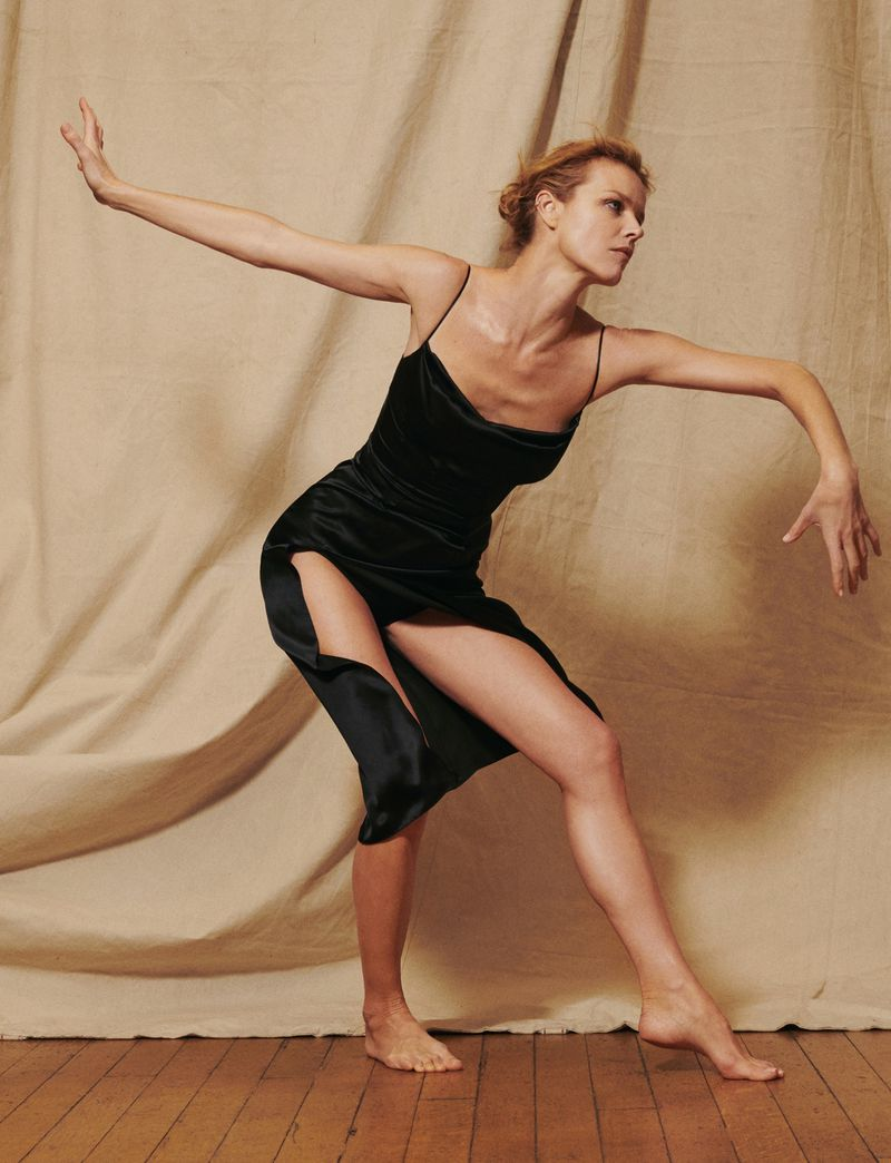 Eva-Herzigova-by-Philip-Gay-Harper's-Bazaar-Russia- (12).jpg