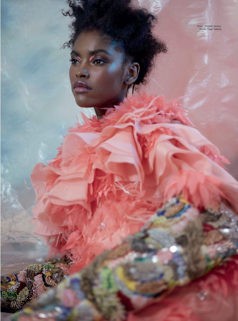 Amilna-EstevaopGreg-Swales-Harpers'Bazaar-Arabia-March-2019- (5).jpg