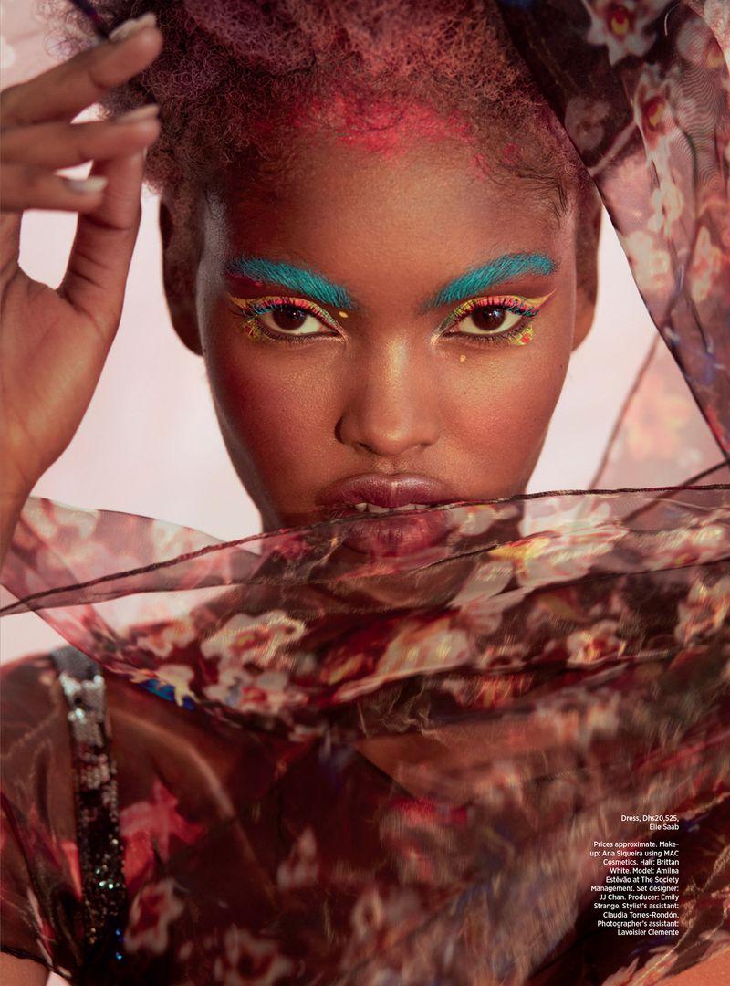 Amilna-EstevaopGreg-Swales-Harpers'Bazaar-Arabia-March-2019- (13).jpg