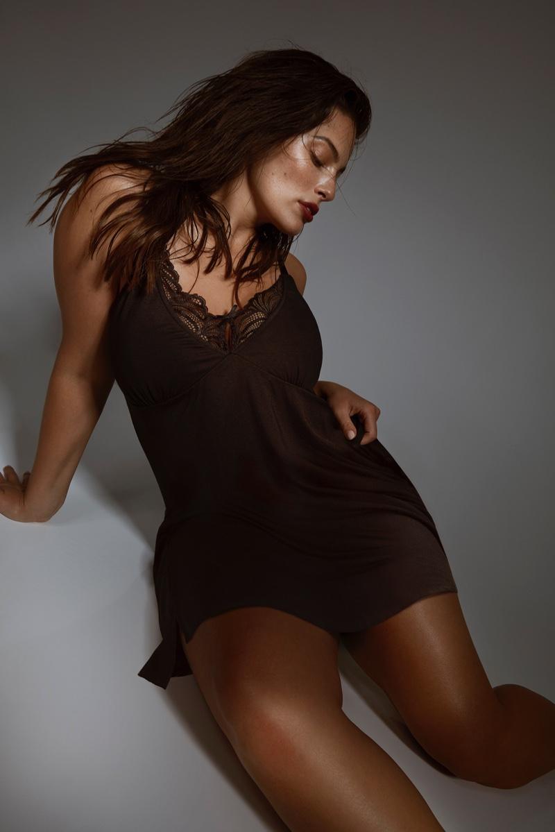 Ashley-Graham-Addition-Elle-2019-Lingerie-Campaign07.jpg