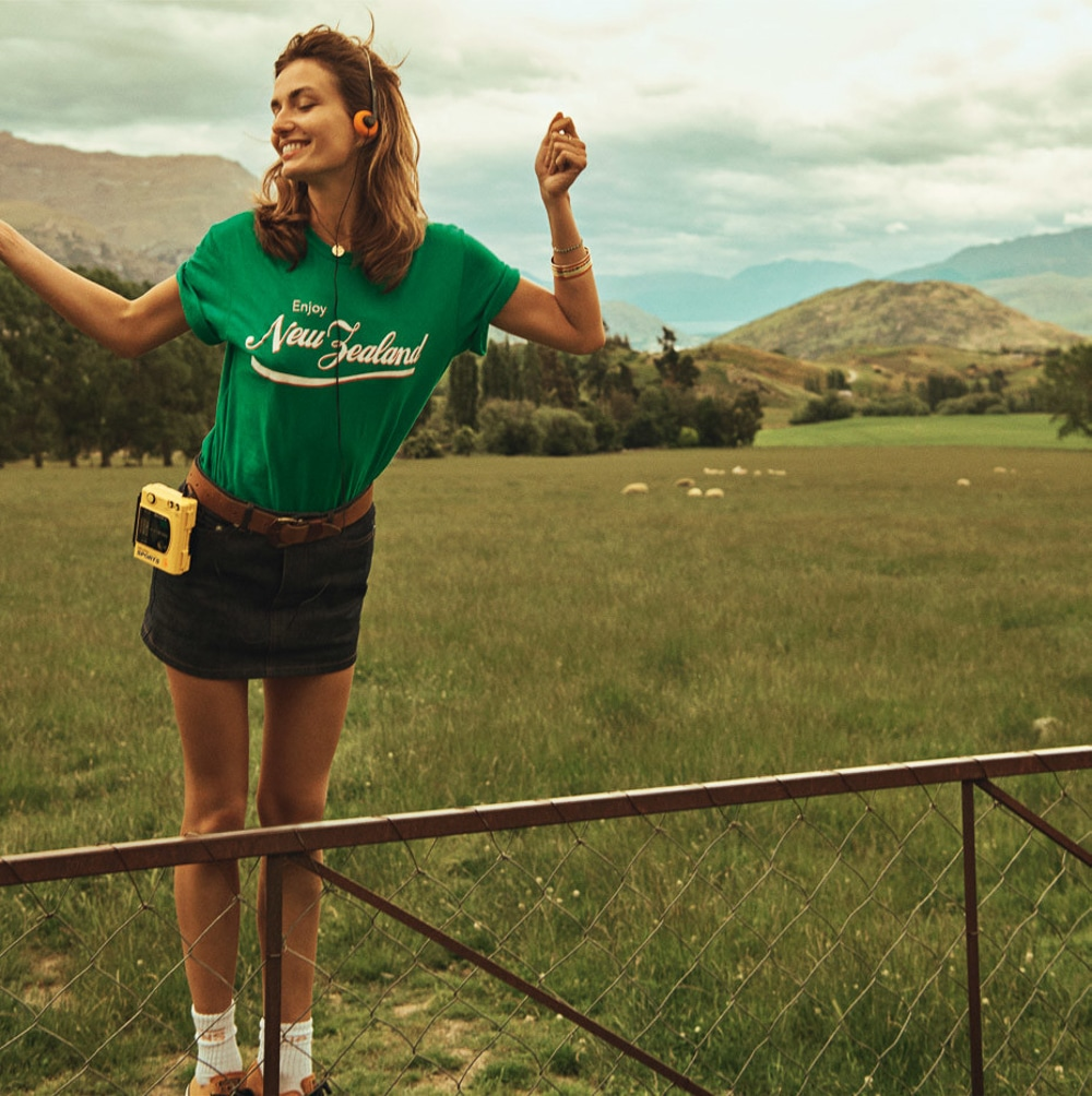 Lachlan-Bailey-Holiday-Magazine-Andreea-Diaconu-1.jpg