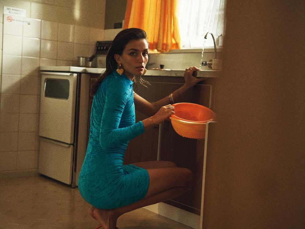 Lachlan-Bailey-Holiday-Magazine-Andreea-Diaconu-5.jpg