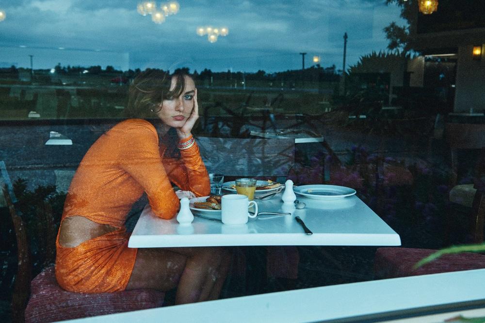 Lachlan-Bailey-Holiday-Magazine-Andreea-Diaconu-17.jpg